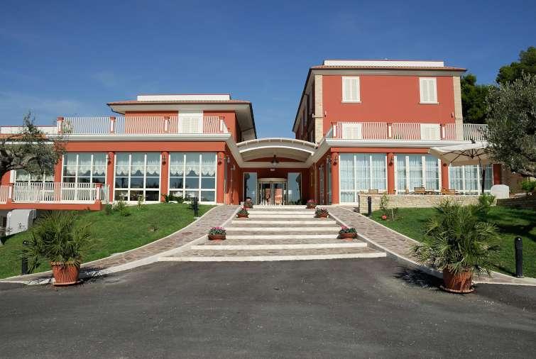 Il parco sul mare hotel abruzzo tortoreto yalla yalla for Hotel barcellona sul mare