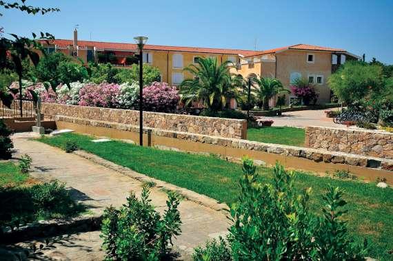 eurovillage club hotel sardegna budoni yalla yalla
