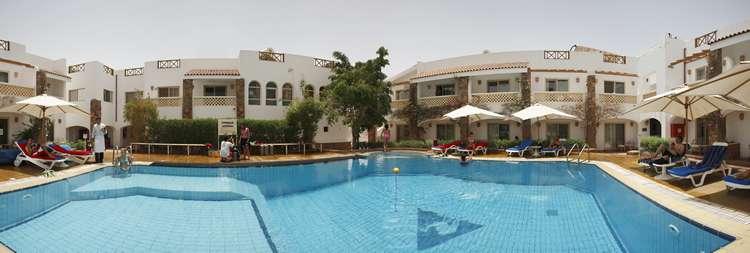Camel dive club hotel mar rosso sharm el sheikh yalla for Dive inn sharm