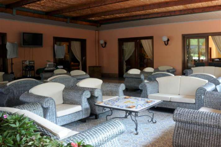 OASIS NICOLAUS VILLAGE | Salerno